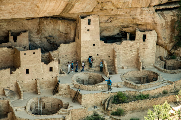Reconstructing the Story of an Ancient Civilization
